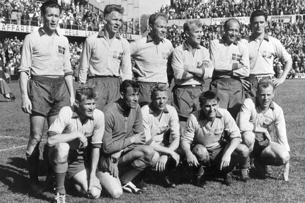 Swedish_National_football_team_starting_11_1958_WC_final